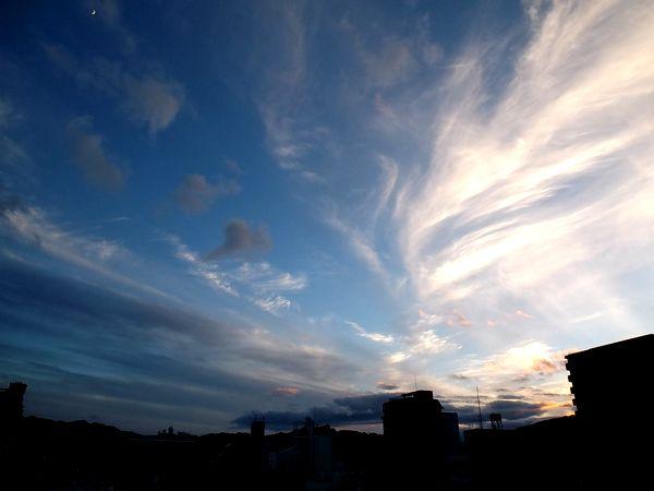 夕暮れの空と雲