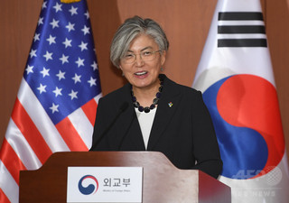 韓国外相、北朝鮮の完全非核化待たずに制裁緩和の可能性を示唆