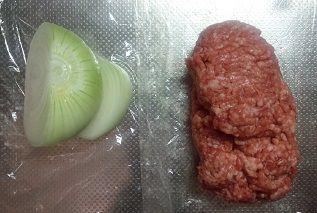 たまねぎ挽肉