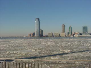 ハドソン川とジャージーシティ