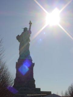 自由の女神3