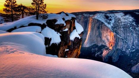 140307ホーステイル滝@アメリカ ヨセミテ国立公園