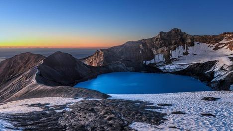 140320ルアペフ山のクレーター湖@ニュージーランド