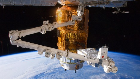 130912こうのとり3号機@国際宇宙ステーション