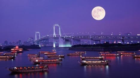 130919レインボーブリッジと満月@東京 お台場