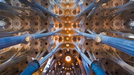 130907サグラダ・ファミリアの天井@スペイン バルセロナ