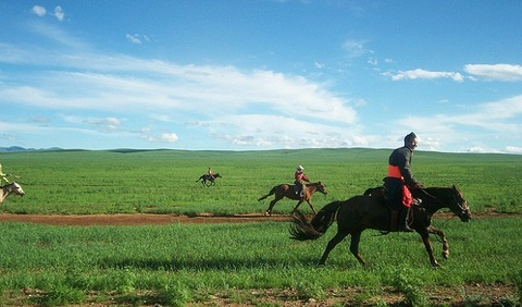 mongolia-horseback-vacation