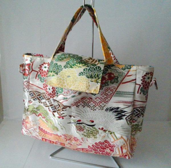 丸帯のバッグ