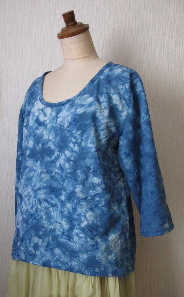 藍染めシンプルブラウス