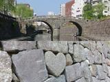 眼鏡橋とハートストーン