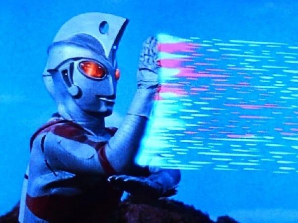 メタリウム光線⑦