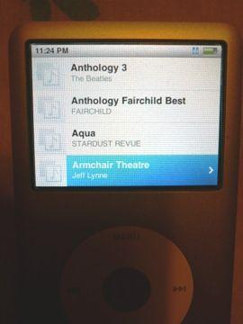 Half-broken iPod 11