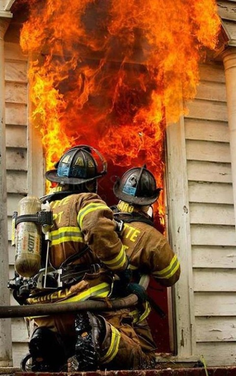 fire-fighters-are-amazing-3