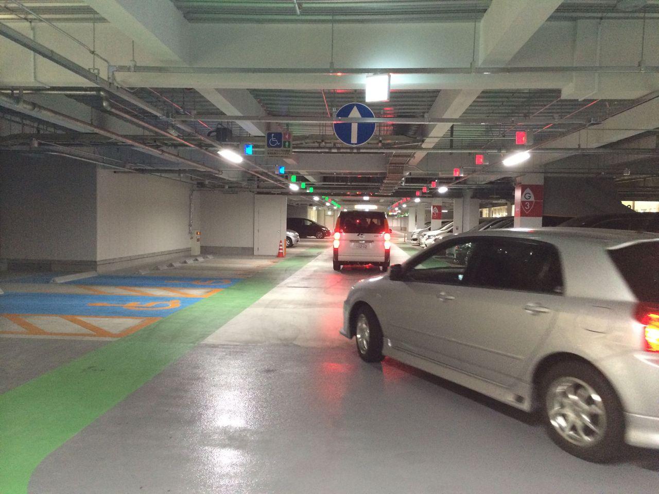 モール 車場 くずは 駐