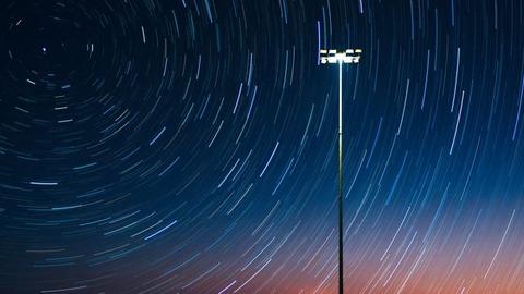 stars-night-1149782_1280-718x404