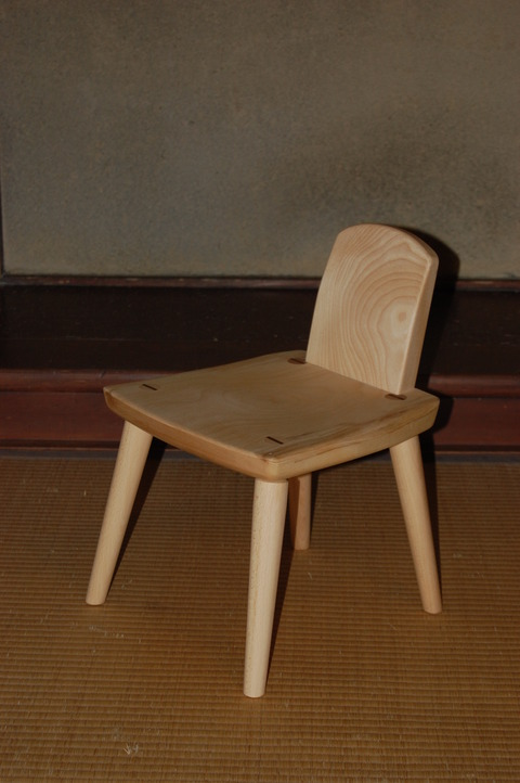 子供椅子 002