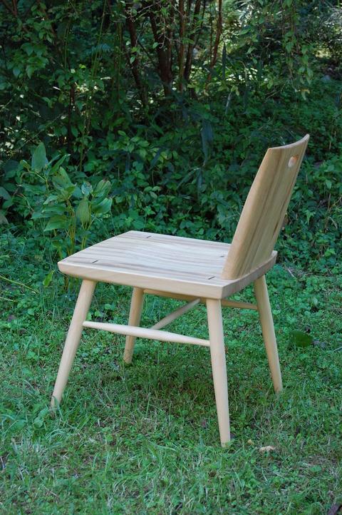 椅子、さら 012