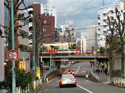 大都市の道
