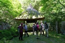 �林道の東屋