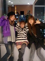 東京タワーを背に♪