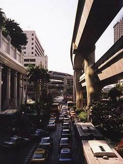 240px-Bangkok_traffic_jam.jpg