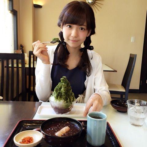 【ハロプロ】Juice=Juice・宮崎ゆかにゃんが甘味処にいると昭和の女学生かと思うくらい似合い過ぎな件