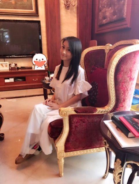 【エンタメ画像】元モーニング娘!!!リンリンの日常が女王のお知らせ