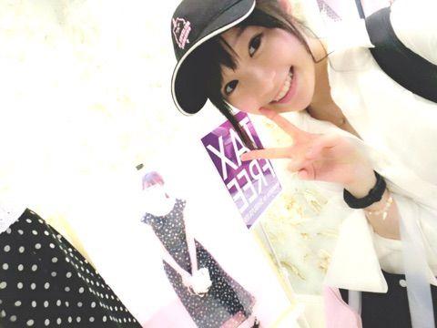 【エンタメ画像】【Juice=Juice】宮本佳林ちゃん、若者の街のevelynで宮崎由加ちゃんに遭遇し記念写真を撮る