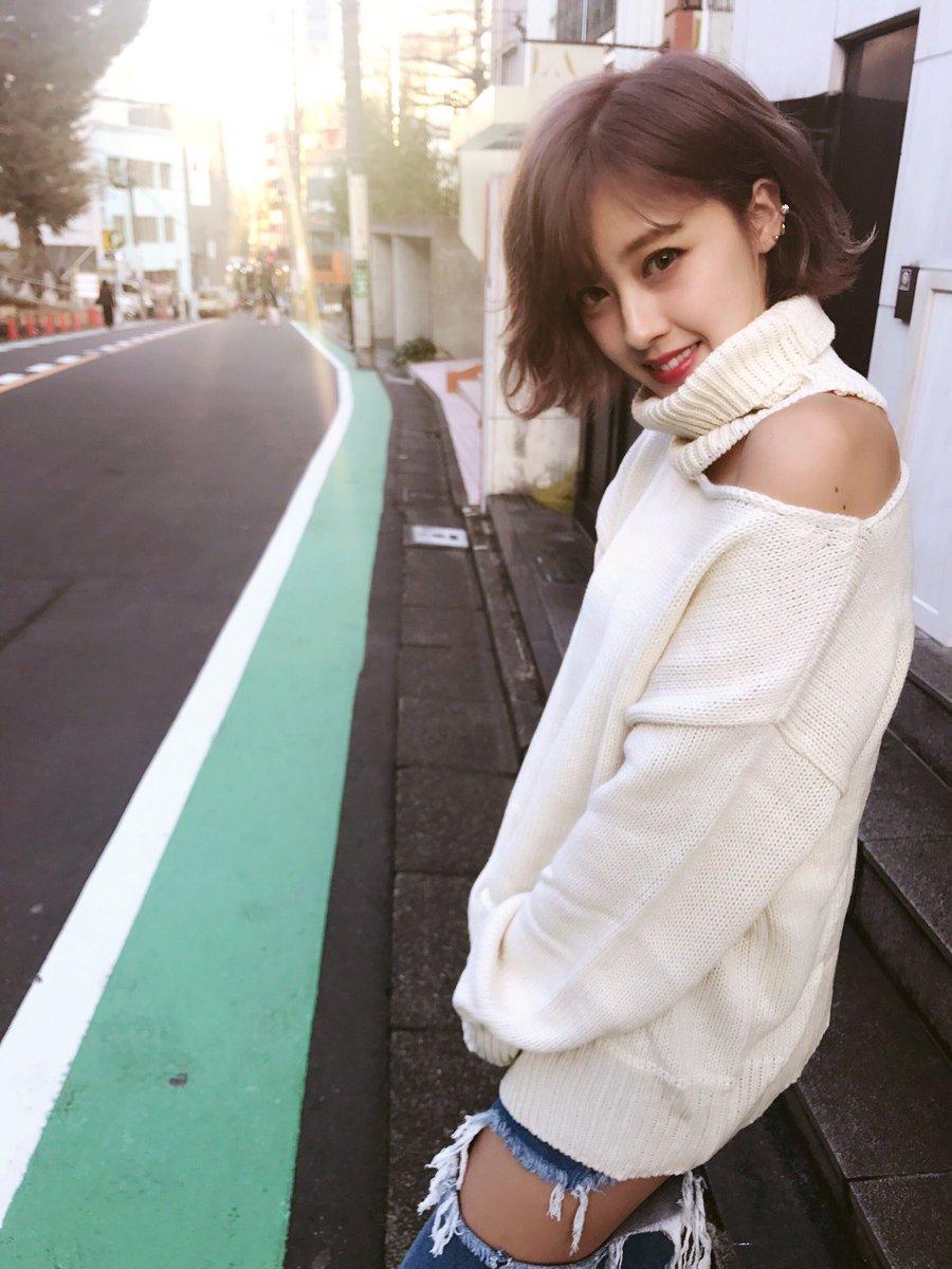 【エンタメ画像】【悲報】夏焼雅さんの私服がボロボロ