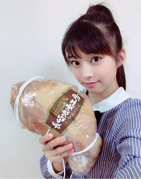 【エンタメ画像】【モーニング娘。'17】牧野真莉愛、2万円のハムを食べる