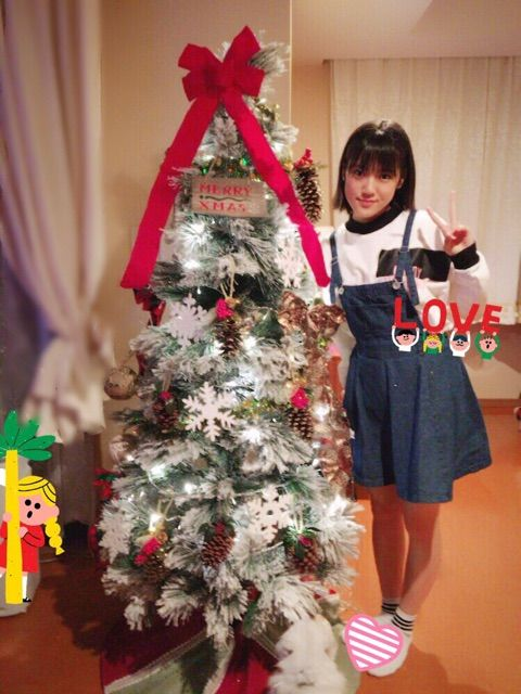 【エンタメ画像】《カントリー・ガールズ》小関家のクリスマスツリー!!!!!!!!