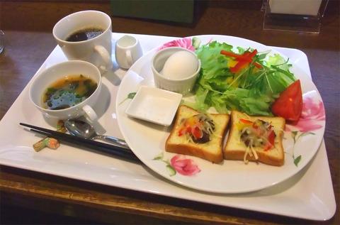 呉市中央「Y's Cafe」