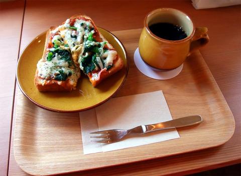 牛田早稲田「CAFE LUSTER(カフェ ラスター)」