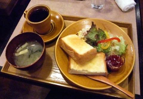 紙屋町「CORITA CAFE(コリタカフェ)」