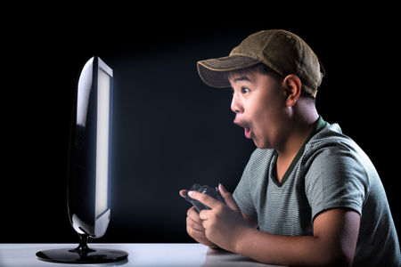 boy-playing-game-600x400