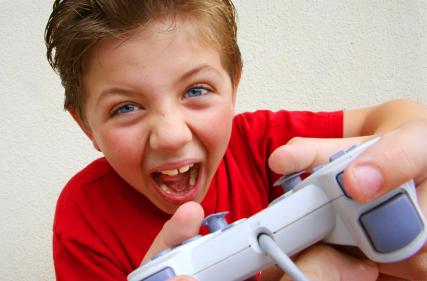 child-shouting-with-video-game