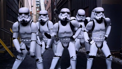 Stormtrooper-Dance-Party