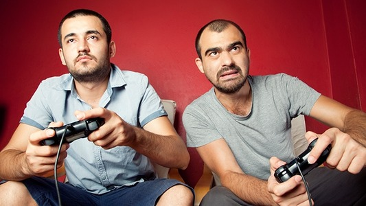 playing-video-games-hed-2013