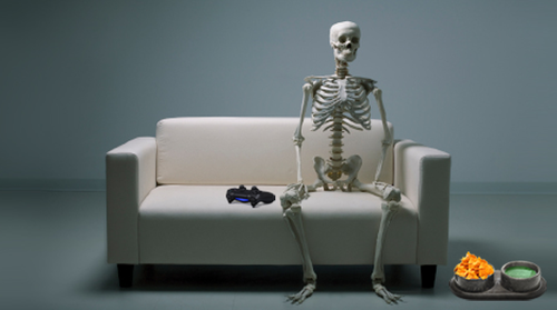 skeleton-gamer-couch-ps4