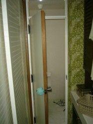 トイレのドアが閉まらない