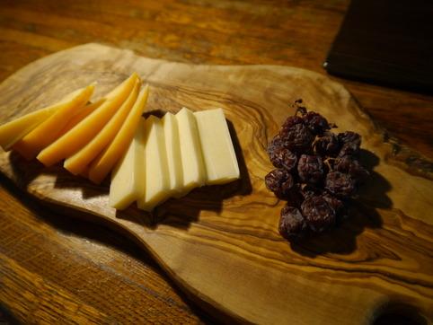 チーズ&干しぶどう