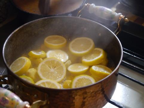 サツマイモ&栗の檸檬煮を作る