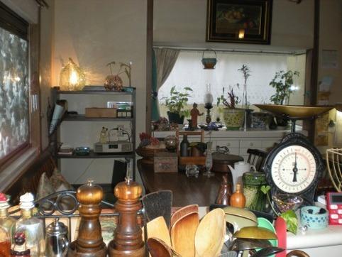 早朝の台所