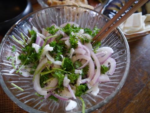 玉葱とパセリのサラダ