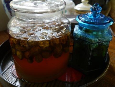 梅シロップの瓶