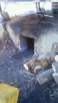 炭屋の窯2