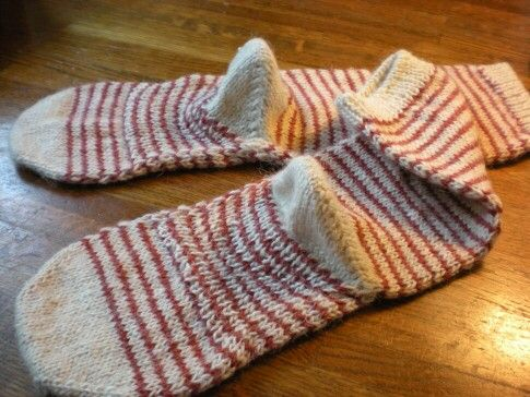 手編みの靴下(リネンウール)