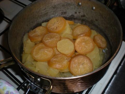 サツマイモの檸檬煮を作る