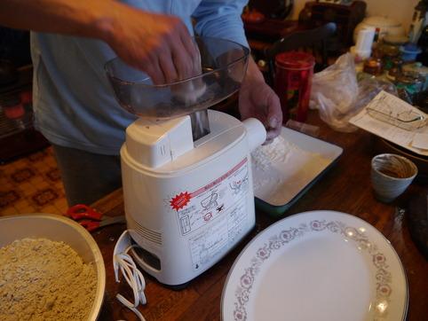 蕎麦打ち開始