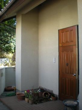 玄関の小庭